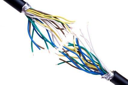 přestřižený kabel
