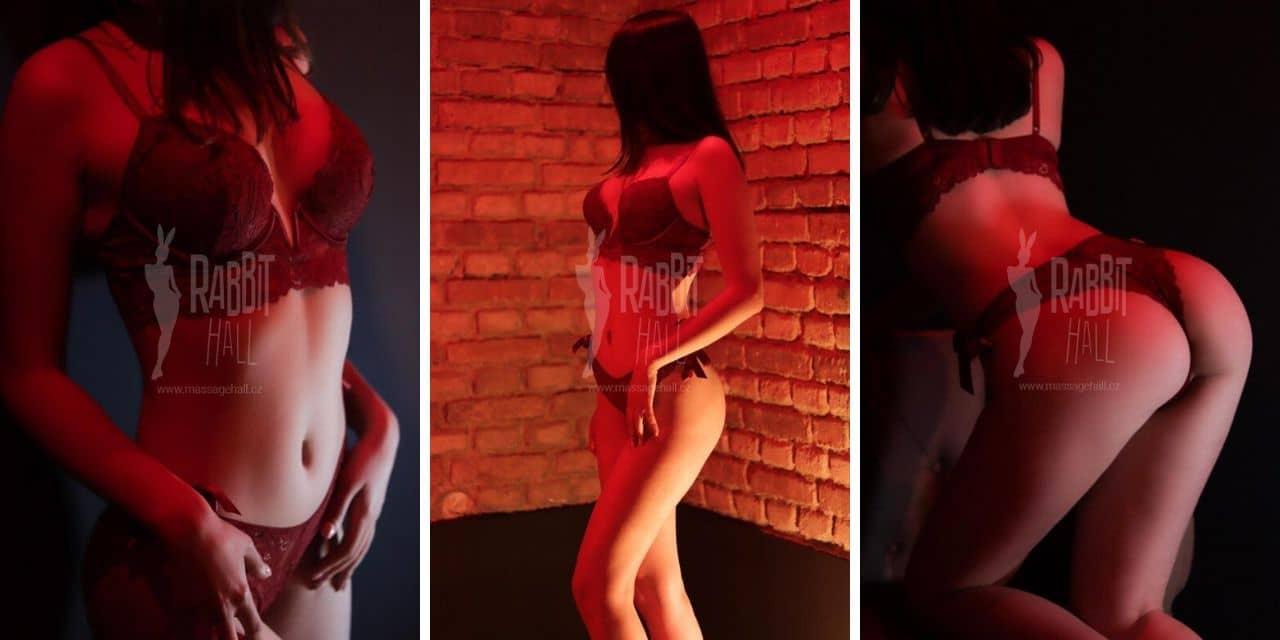 erotická masérka Lexi, Rabbit Hall